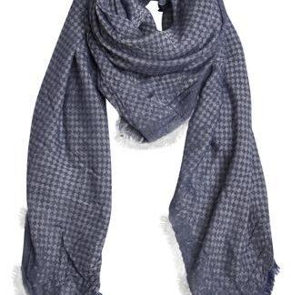 Blåt tørklæde i skøn kvalitet