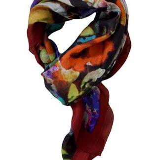 Sort silketørklæde med bordeaux kanter