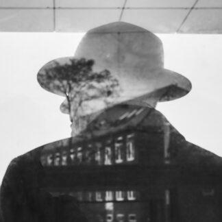 Homage a Magritte af Erik Cheng