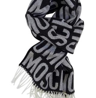 Gråt tørklæde med intarsia logo fra Moschino