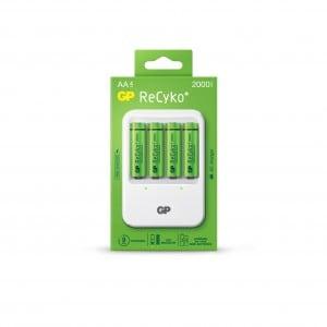 GP ReCyko AC charger AA og AAA Batterioplader PB420 inkl. 4 x Genopladelige AA batterier 2000 mAh